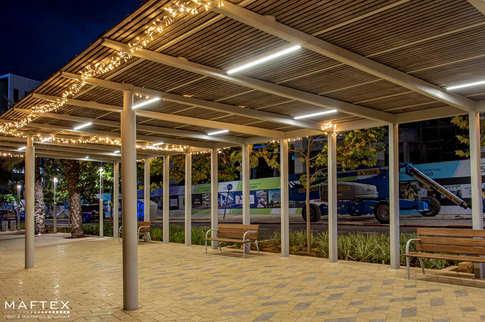 קישוטי תאורה לגינות ציבוריות (7).jpg