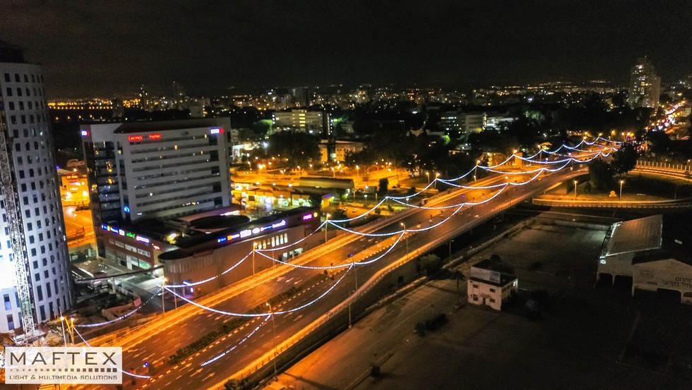 תאורה לגשר 44 רחובות