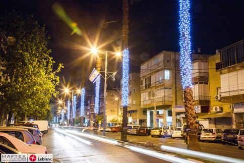 GIVATTAYIM - STREET LIGHTING DECORATIONS