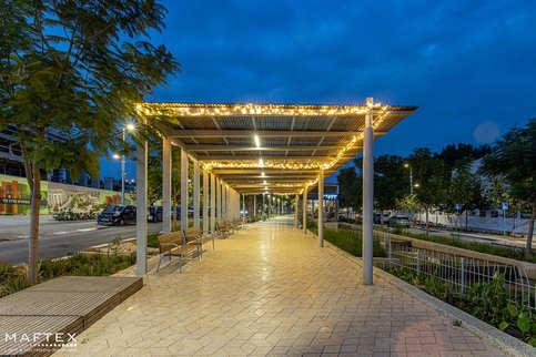 קישוטי תאורה לגינות ציבוריות (1).jpg
