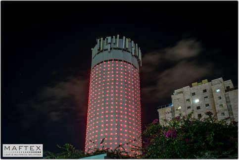 תאורה למגדל המים בקרית אונו