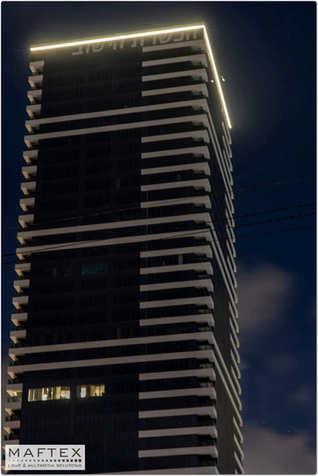 תאורה למגדל.jpg