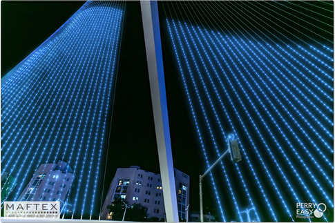 תאורה לגשר המיתרים