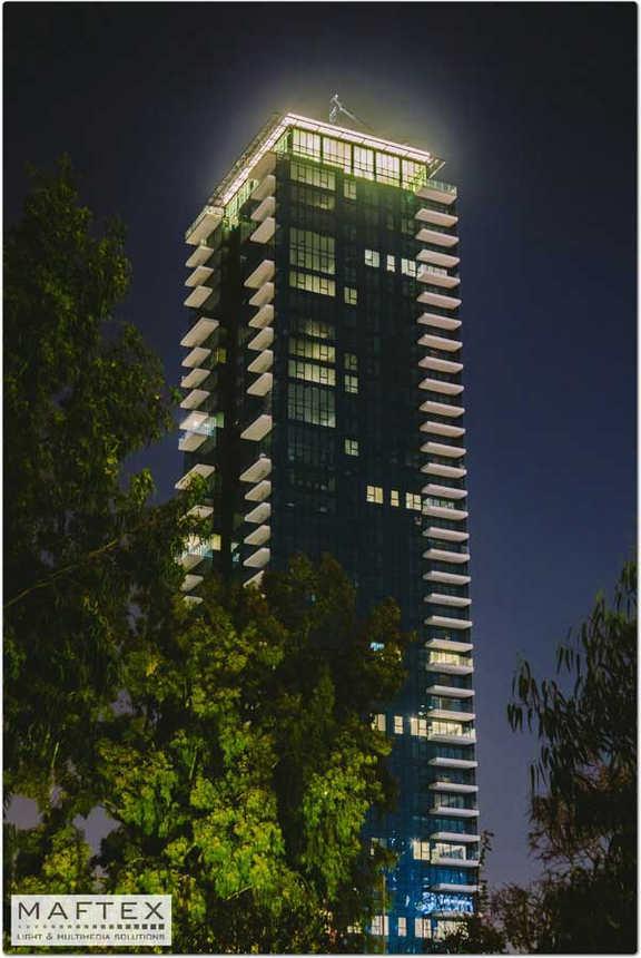 תאורה לחזית בניין (2).jpg
