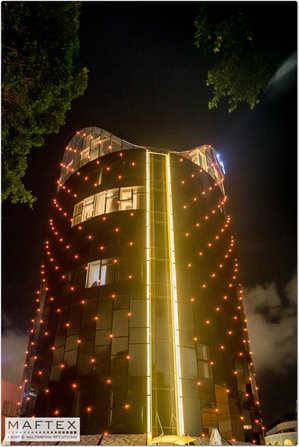 תאורה לינארית במלון