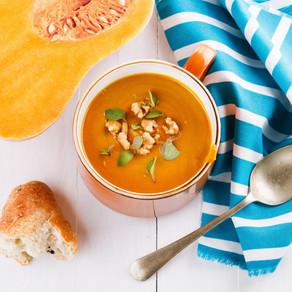 Easy Turmeric Pumpkin & Veg Soup for a Rainy Day