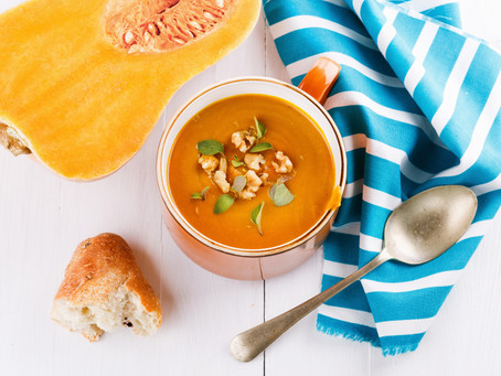 Easy Turmeric Pumpkin & Veg Soup for a Rainy Day