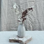 White bud vase