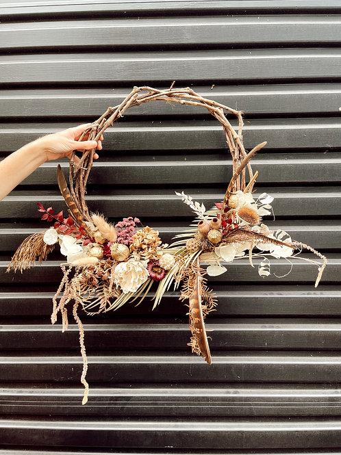 Everlasting wreath wildflower