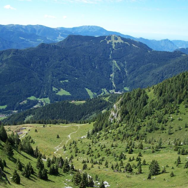 4 Val Moren e piste Altissimo.JPG