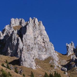 4 Pinnacoli da sentiero alto.JPG