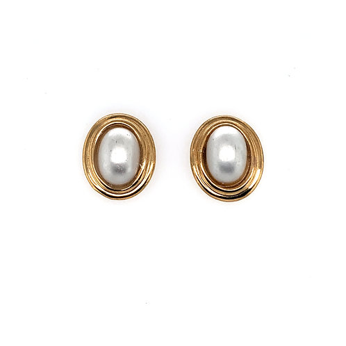 Oval Pearl Yellow Gold Earrings