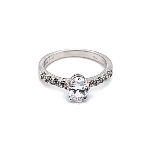 Oval Solitaire with Diamond Scallop Set Band