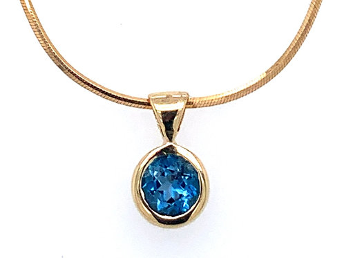 Topaz Dome 9ct Yellow Gold Pendant