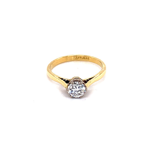 Round Solitaire Ring in 9ct Gold