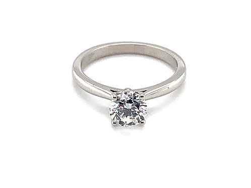 Platinum Diamond Solitaire Engagement Ring in a Classic Setting