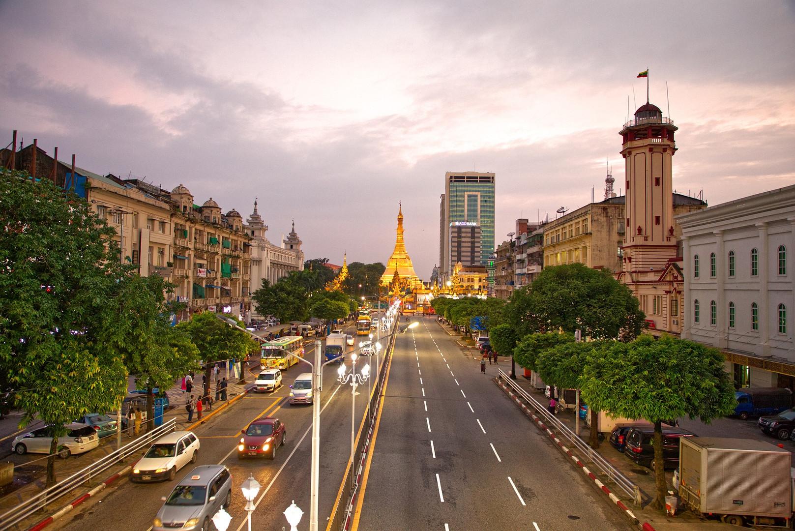 Port-Remote-Travel-myanmar-yangon-3