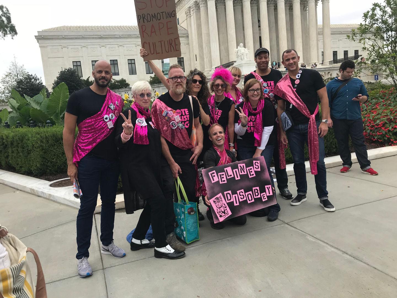 Supreme Court Sing a-long
