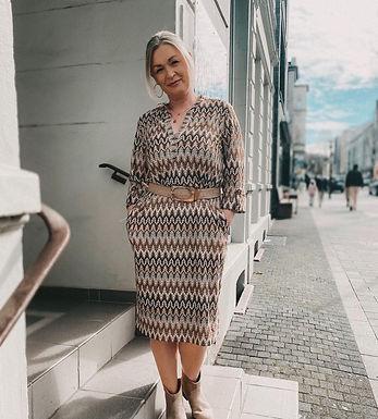 ANA ALCAZAR - Kleid mit Gürtel 2930590521