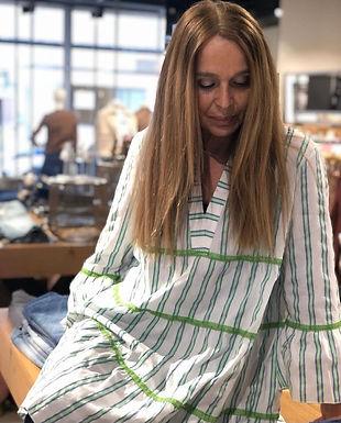 EMILY - Kleid mit V-Ausschnitt 217227-1509240521