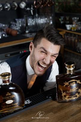 Leo Bartender