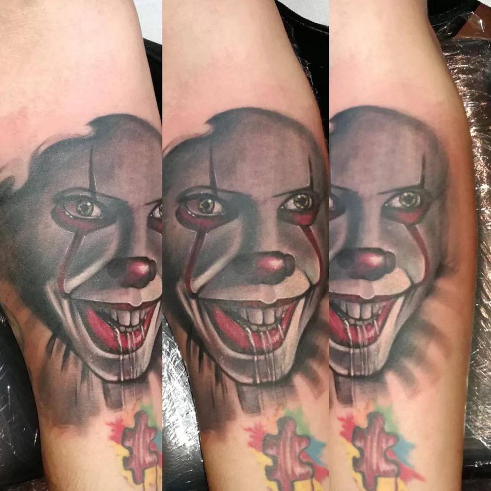 15 Clown Puzzle.jpg