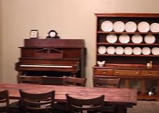 downton_abbey_escape_room_piano.png