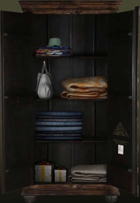 Open Wardrobe 2.jpg