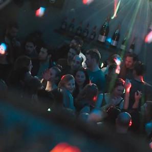 Filou Innsbruck Dancefloor 3.JPG
