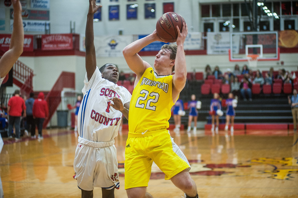 WCHS JUNIOR BEN NASH drives to the basket in the Jackets' loss to Scott County during the opening round of the Toyota Classic on Jan. 18. (Photo by Bill Caine)