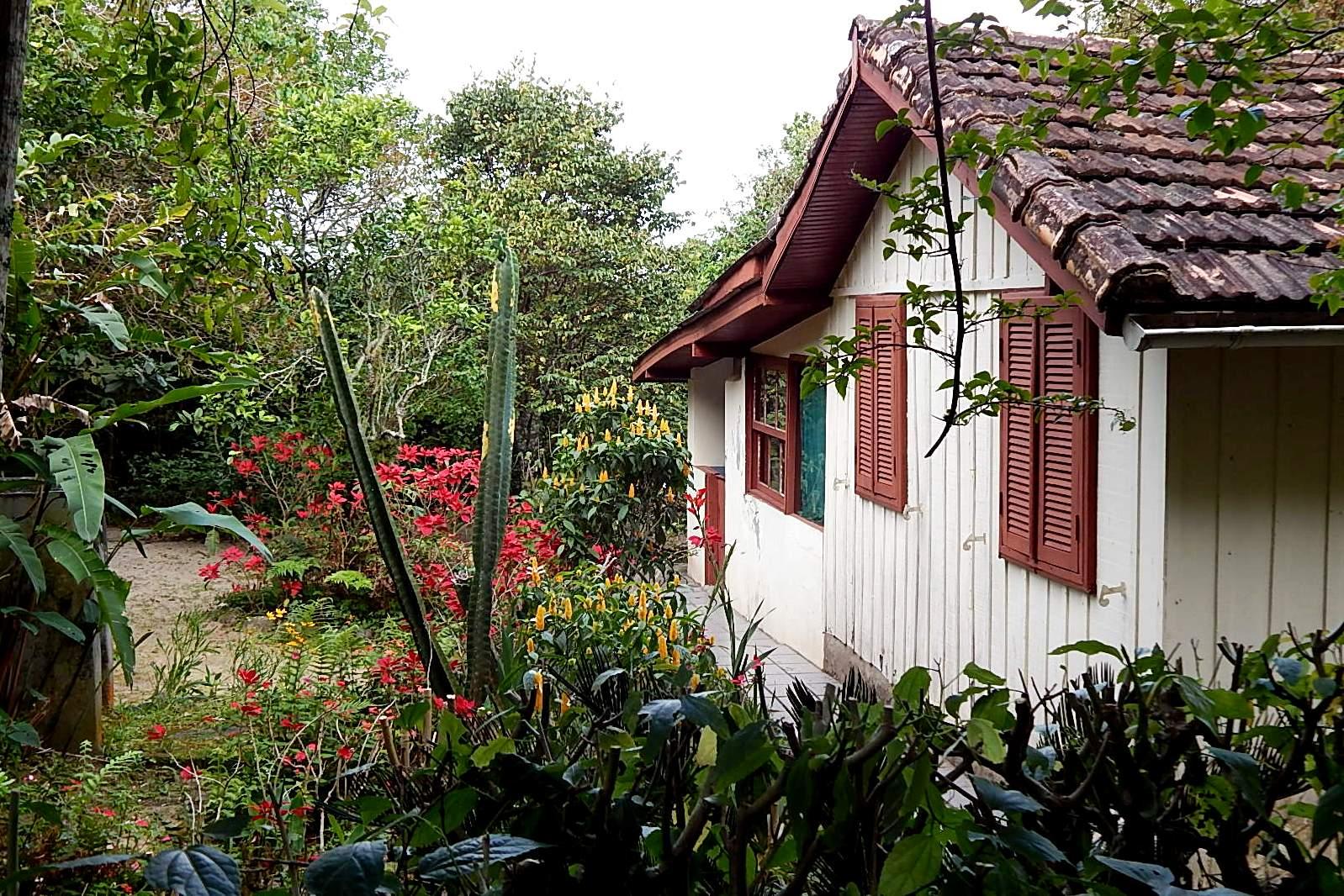 jardim e casa no Saquinho