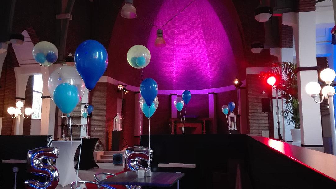 geluid en licht in oude kapel in de Breitnerstraat Rotterdam
