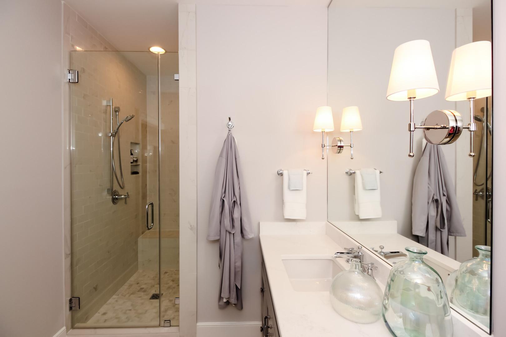 Bathroom blue 1.jpg