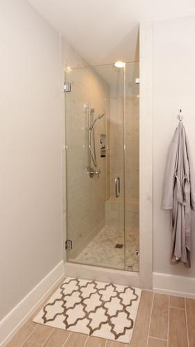 Bathroom blue 3.jpg