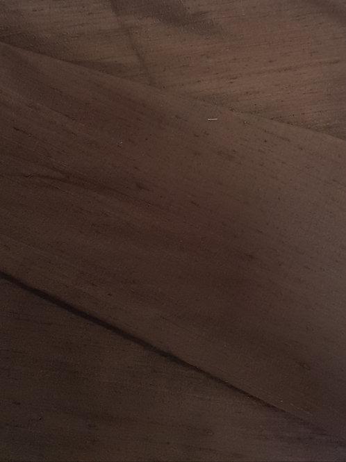 Сурова коприна кафяв цвят