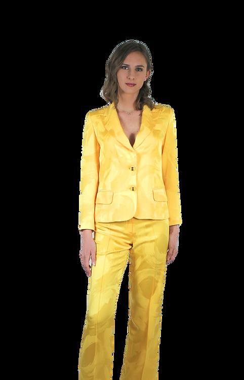 Костюм в жълто от коприна