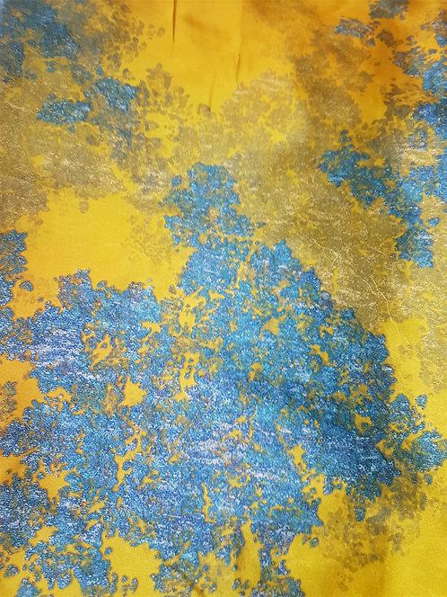 Жълта Коприна на Електрикови Петна