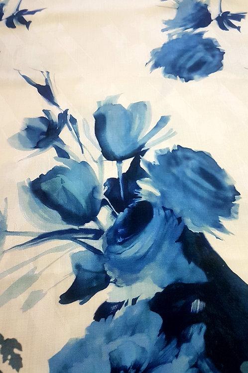 Вълнен плат в бяло и синьо Haute Couture