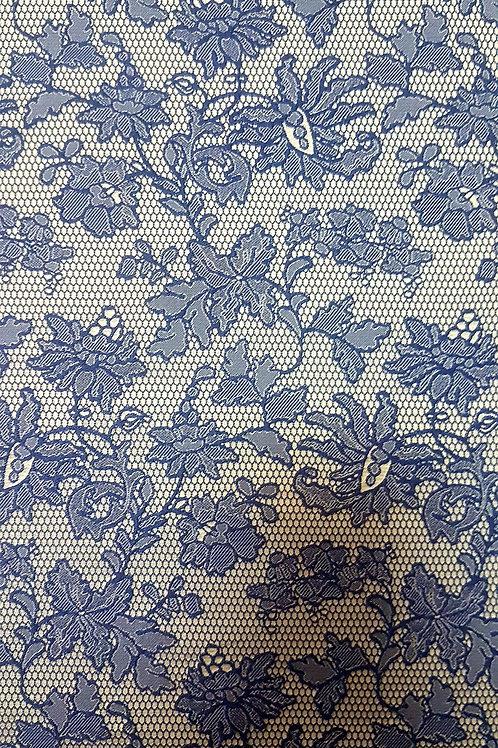 Плътен плат на сини цветя