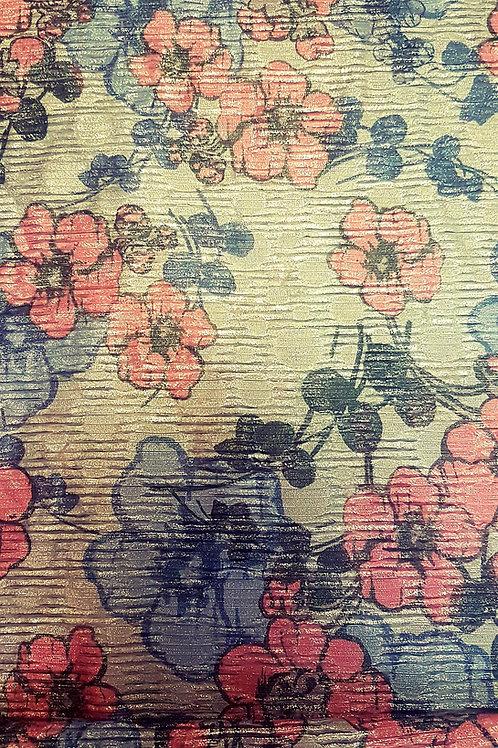 Копринен плат в пастелни цветове