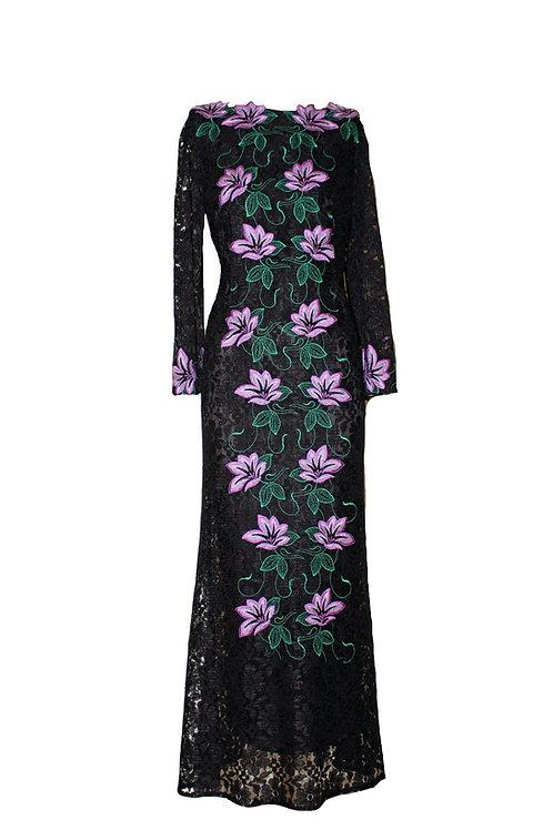 Дълга рокля от черна дантела