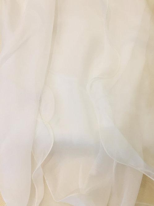 Бял  Шал Шифон  Коприна  с корда Laura Biagiotti
