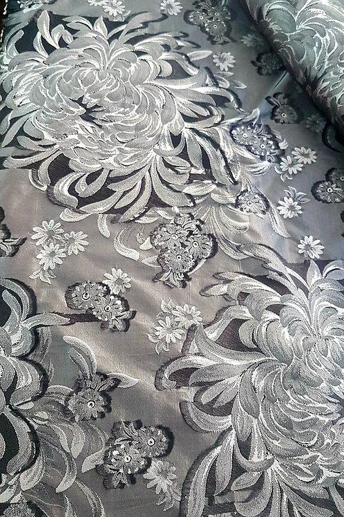 Сребристо сива тафта на цветя