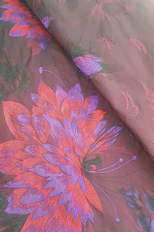 Санжен тафта в бордо на цветя