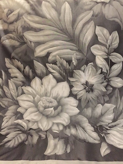 Сребрист Шал Тафта на Цветя Basile