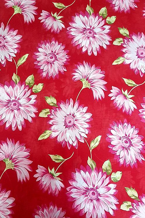 Червена вискоза на бели цветя