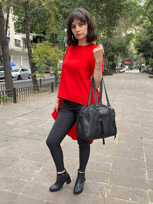 BLUSA CASCADA FASHION LOVERS. Color: Rojo