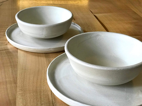 Matt white cup and plate (set of 2)