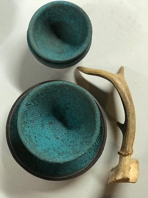 Turquoise textured cups (set of 3)