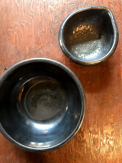 Small pouring bowl